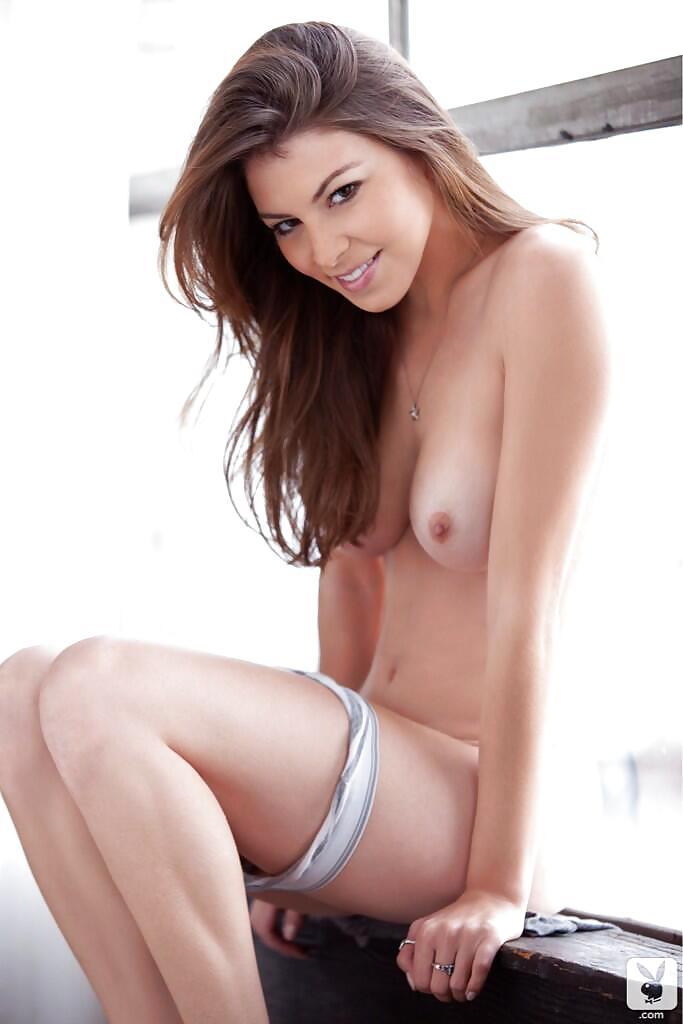 nena desnuda