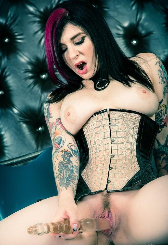 corsets malota porno
