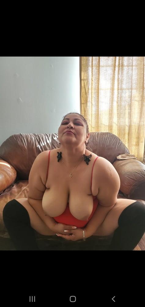 Esposa tetuda